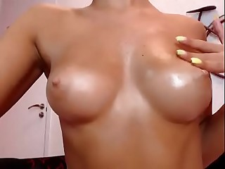 girl closeup to ass and pussy while fingering