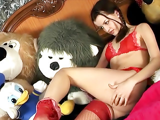 18 Magazine Ivy Summer 02 erotic video