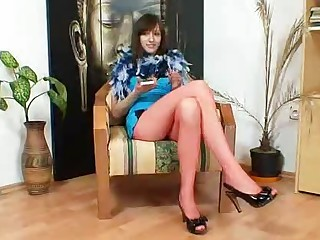 Euro beauty Alice got super legs and hot red nylon tights