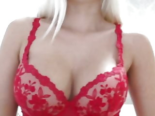 Nice Russian WebCam Babe Whit Big Tits